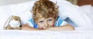 insonnia-e-disturbi-del-sonno-ecco-i-cibi-che-aiutano-i-bambini-732900271[2950]x[1228]780x325